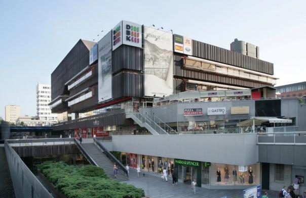 Obchodní centrum DBK -