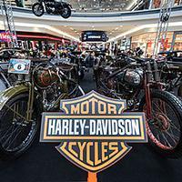 Výstava motocyklů legendární značky Harley-Davidson v OC Galerie Vaňkovka